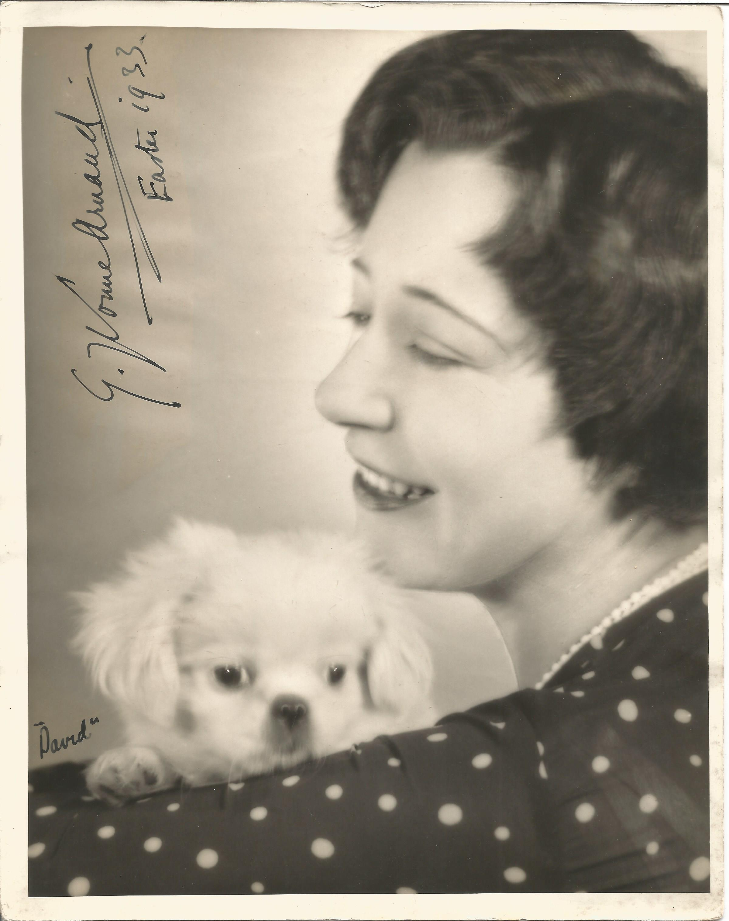 Pianist Yvonne Arnaud signed 10x8 vintage black and white photo dated 1933. Germaine Yvonne Arnaud