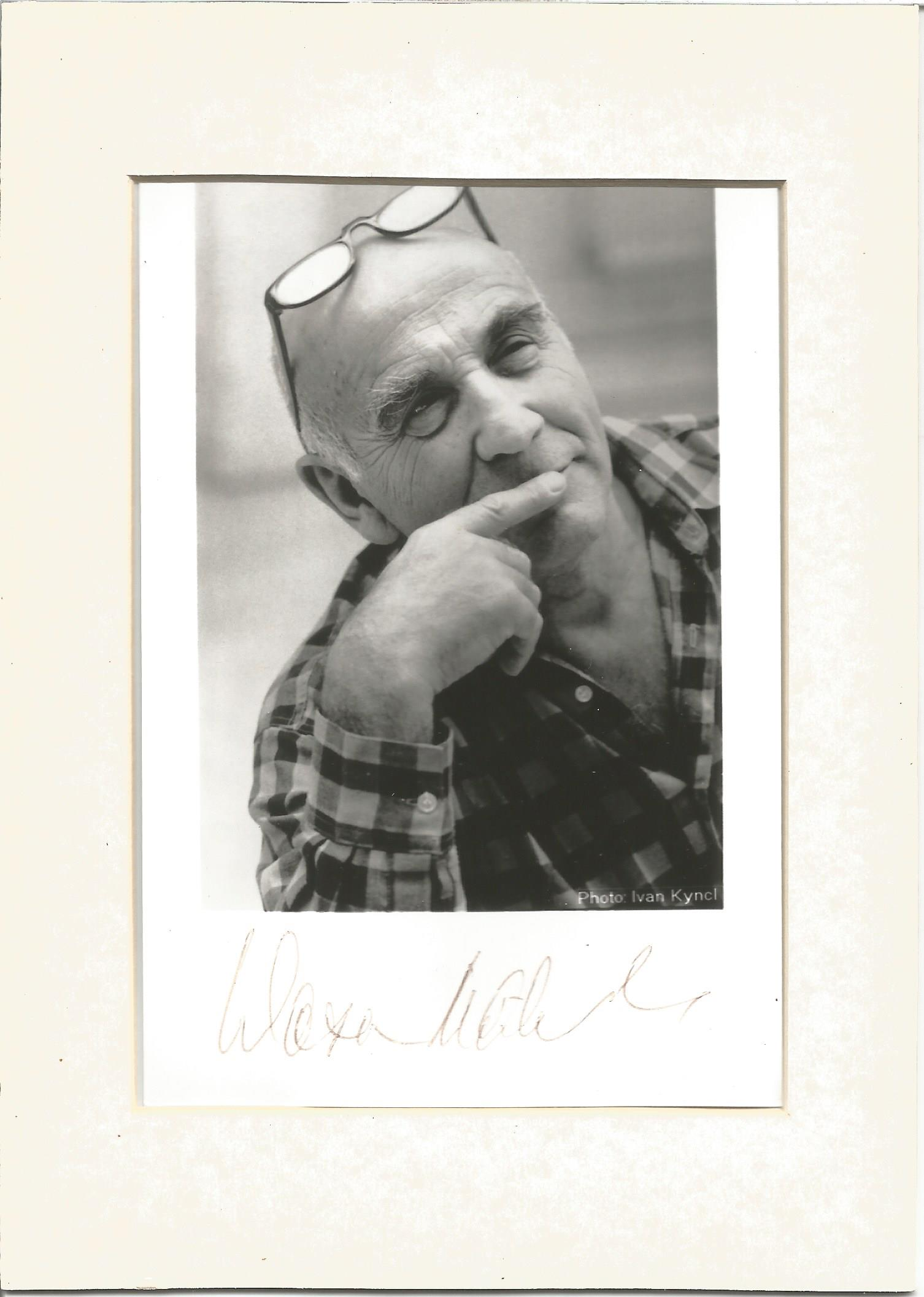 Actor Warren Mitchell signed black and white postcard mounted to a size of 7x5. Warren Mitchell