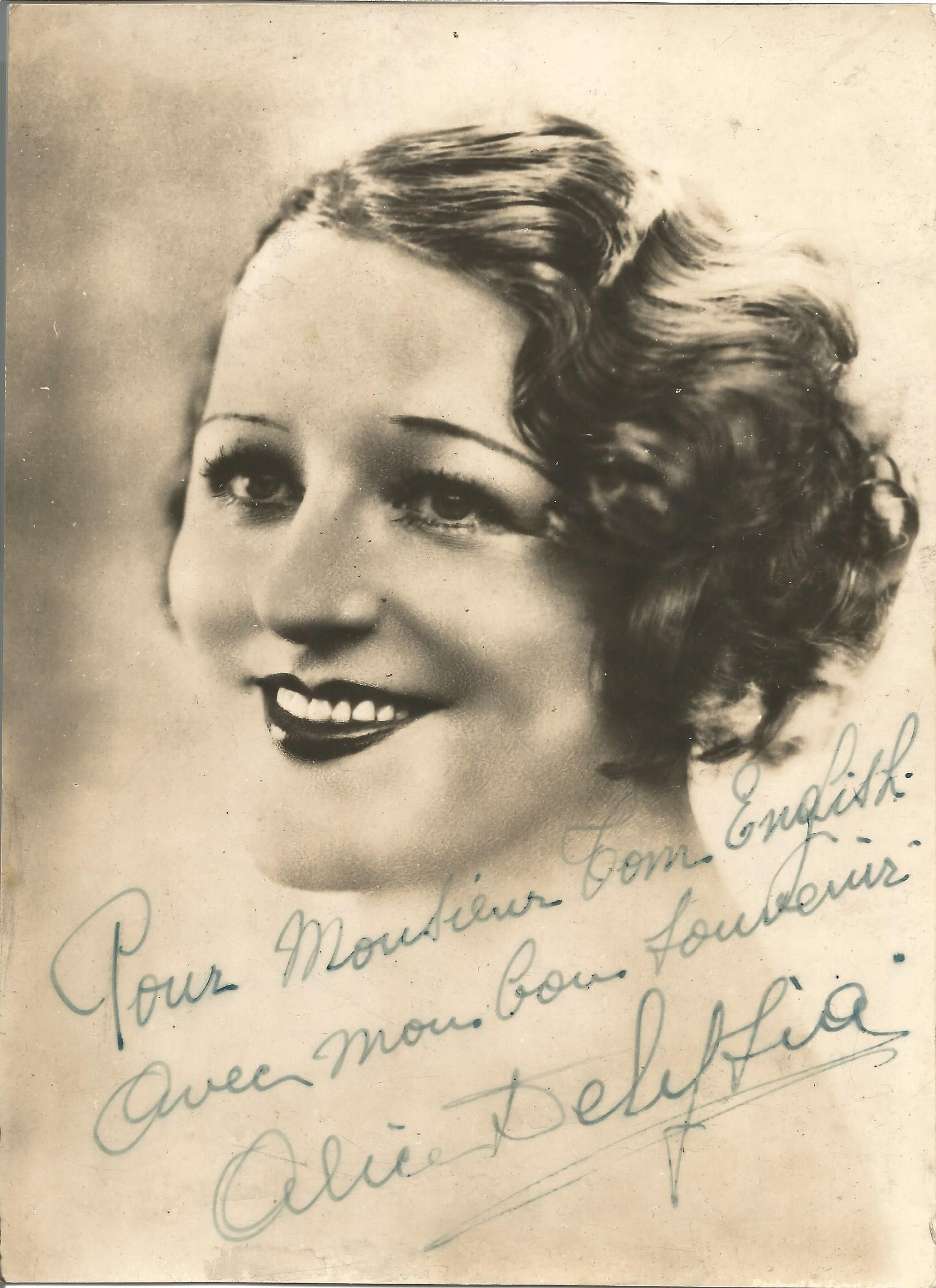 Actress Alice Delysia vintage black and white signed 8x6 photo, dedicated to Tom. Alice Henriette