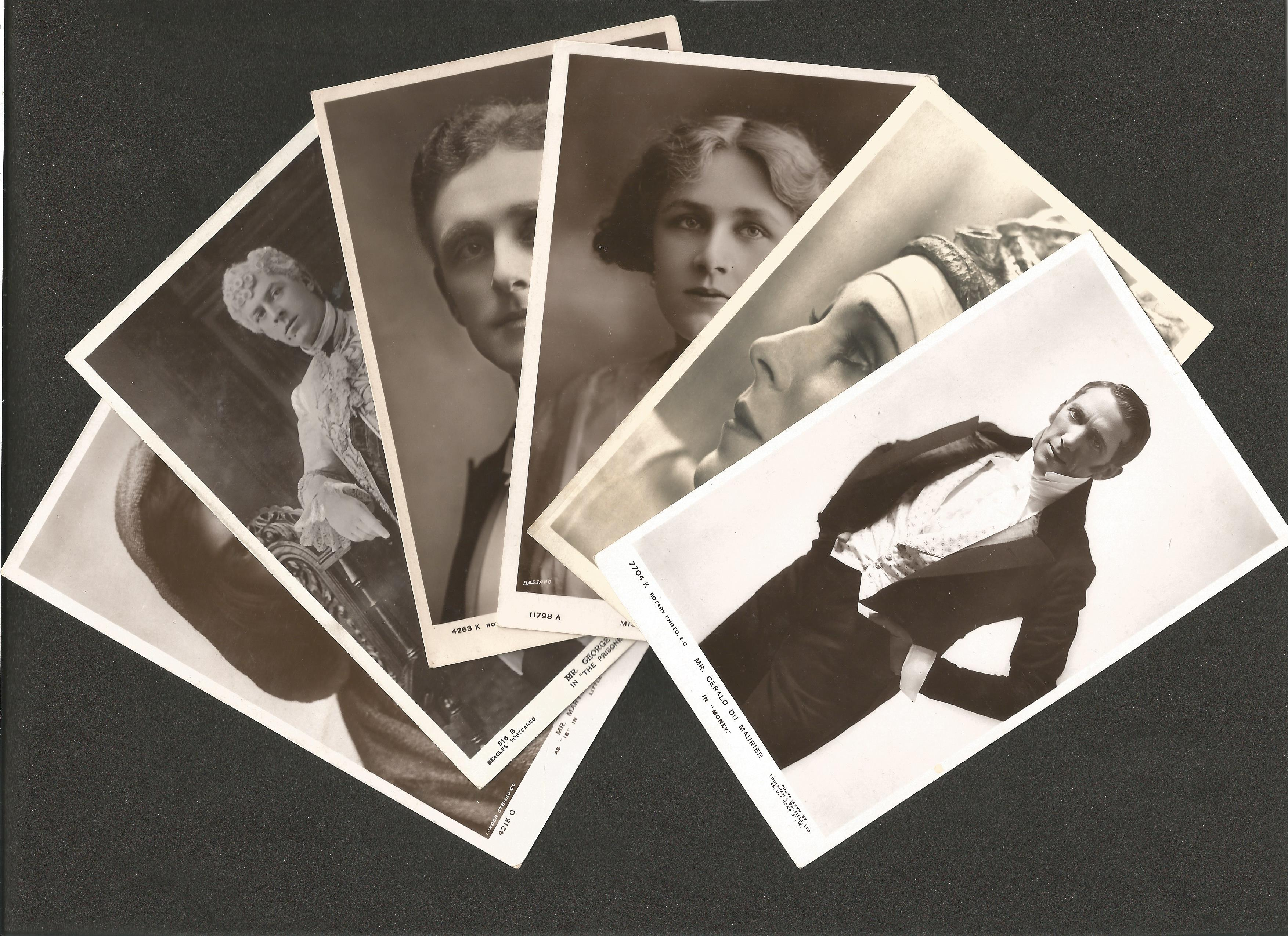 Classic Movies Unsigned photographs, Alfred Hitchcock, Great Garbo, Leslie Howard - Image 4 of 5