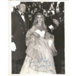 Singer Lynsey de Paul signed 10x8 black and white photo. Lynsey de Paul was an English singer-