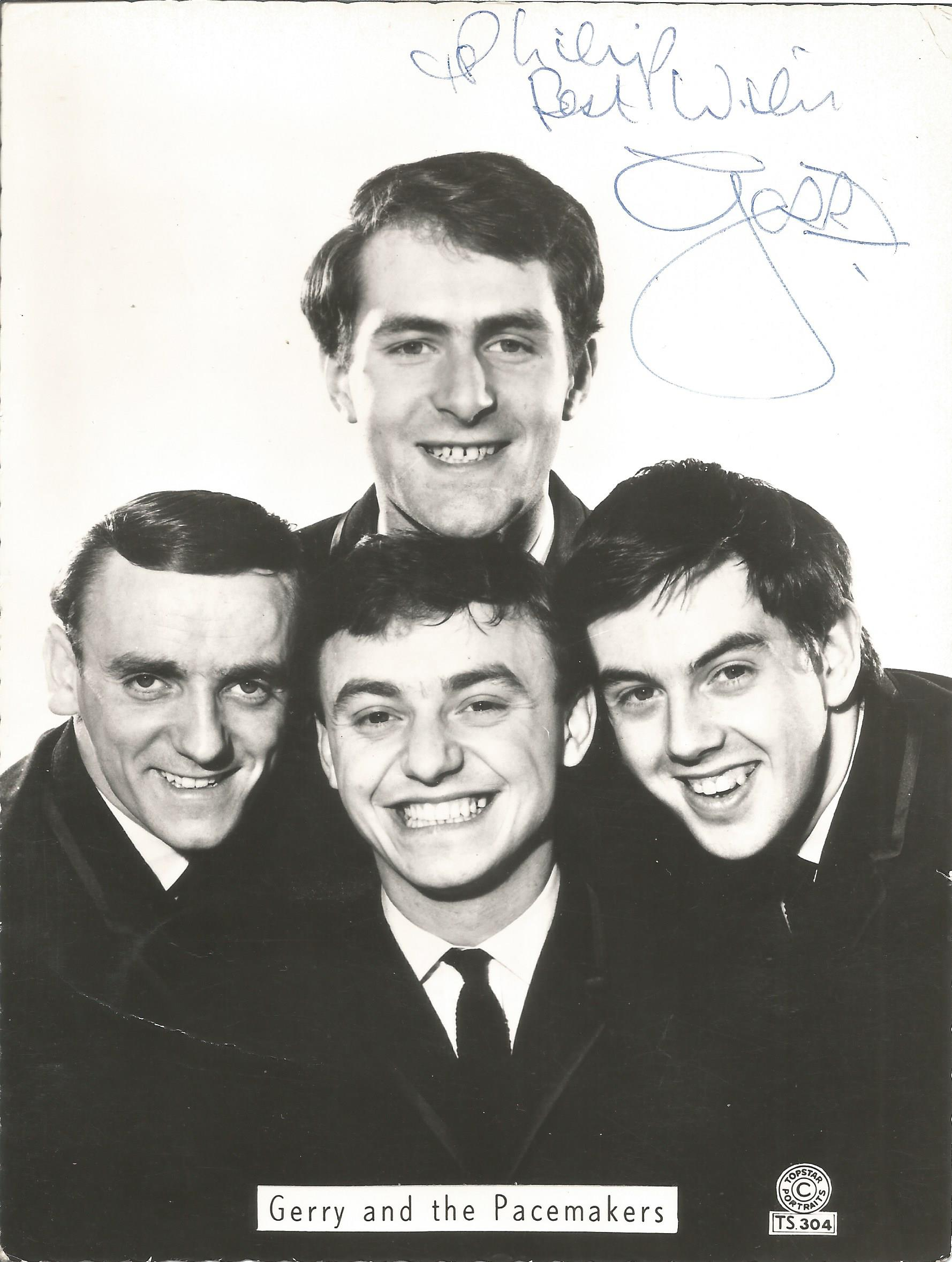 Singer-Songwriter Gerry Marsden signed 8x6 black and white image of Gerry and the Pacemakers. Gerard