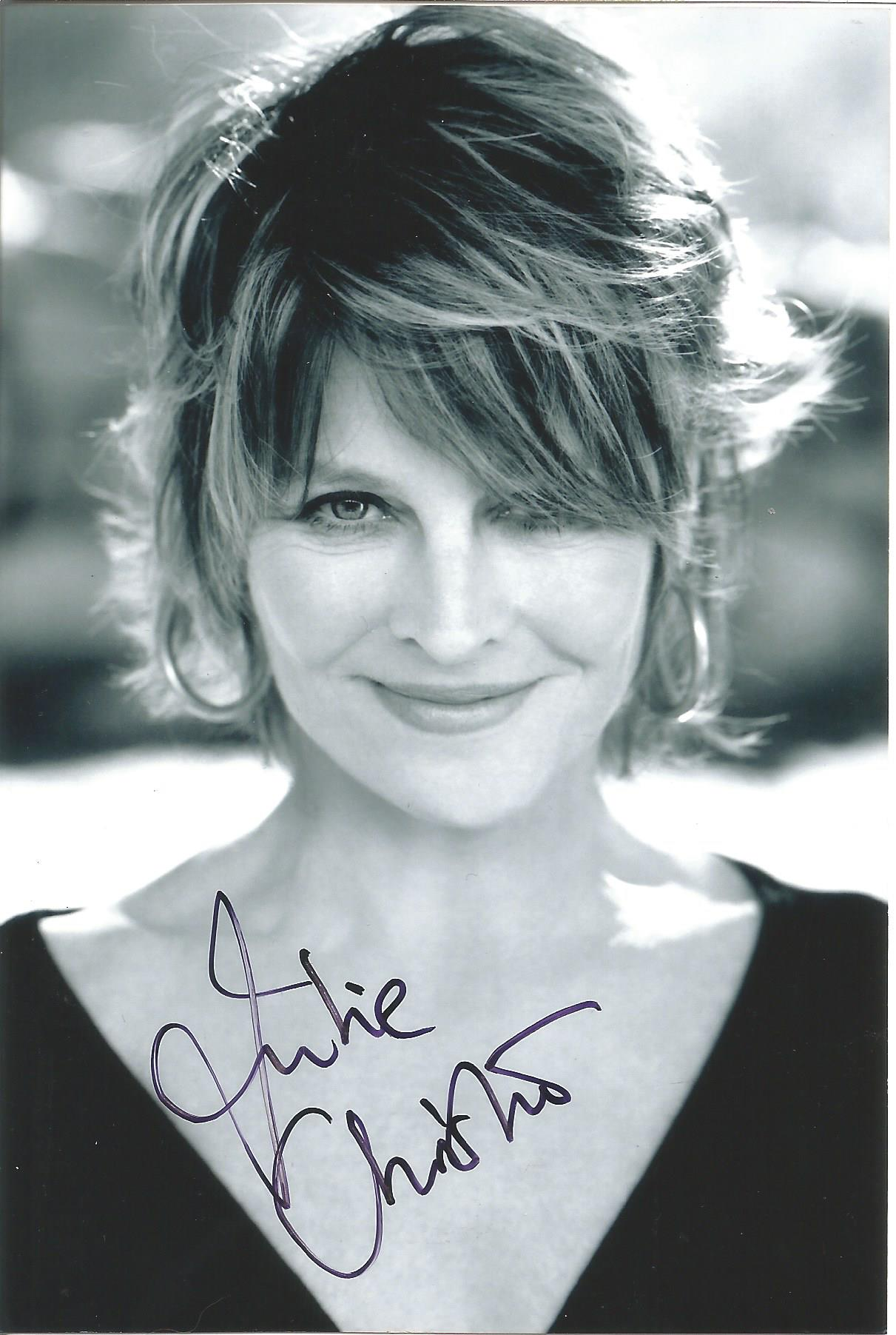 Actress Julie Christie signed 6x4 black and white photo. Julie Frances Christie is a British