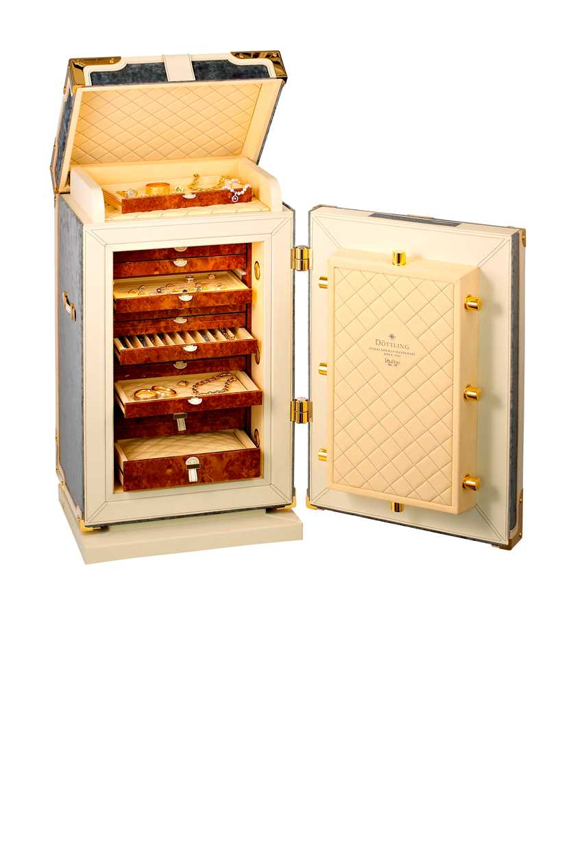 Döttling 'Pauline' - A luxury compact hand made free-standing safe, - Image 5 of 10