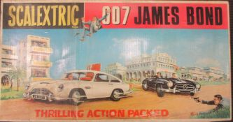 Scalextric 007 James Bond box with two cars (visually good), without the card insert so contents