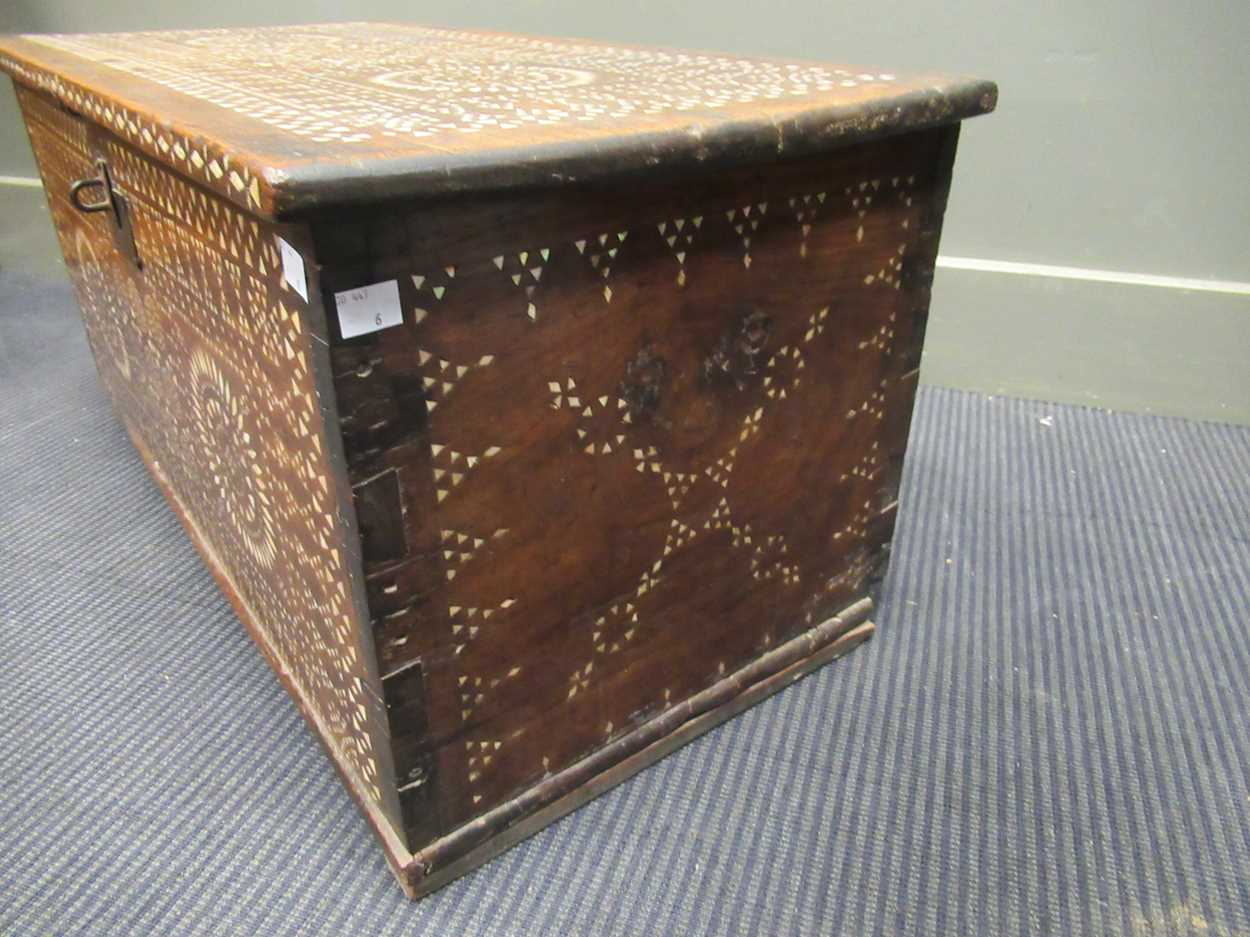 An Indian mother of pearl inlaid coffer 36 x 76 x 38cm - Image 3 of 7