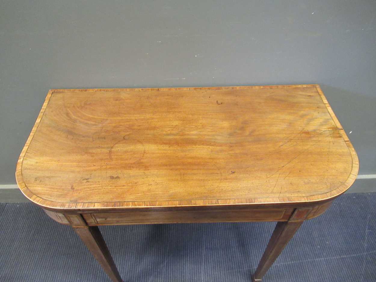 A George III inlaid mahogany card table on square tapered legs 72 x 92 x 45cm - Image 2 of 8