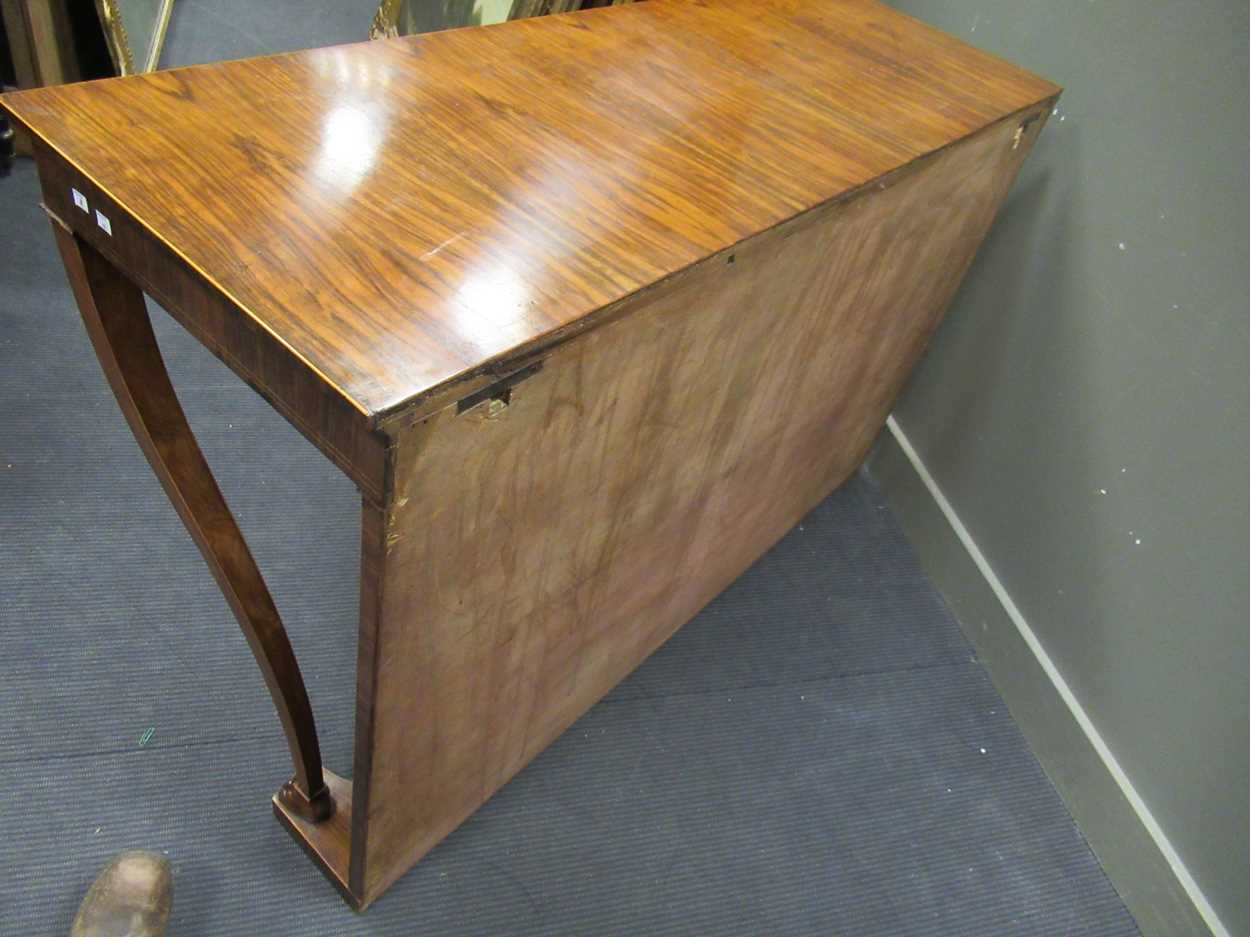 A Georgian style walnut consul table on lion paw carved foot supports 98 x 156 x 55.5cm - Image 5 of 6