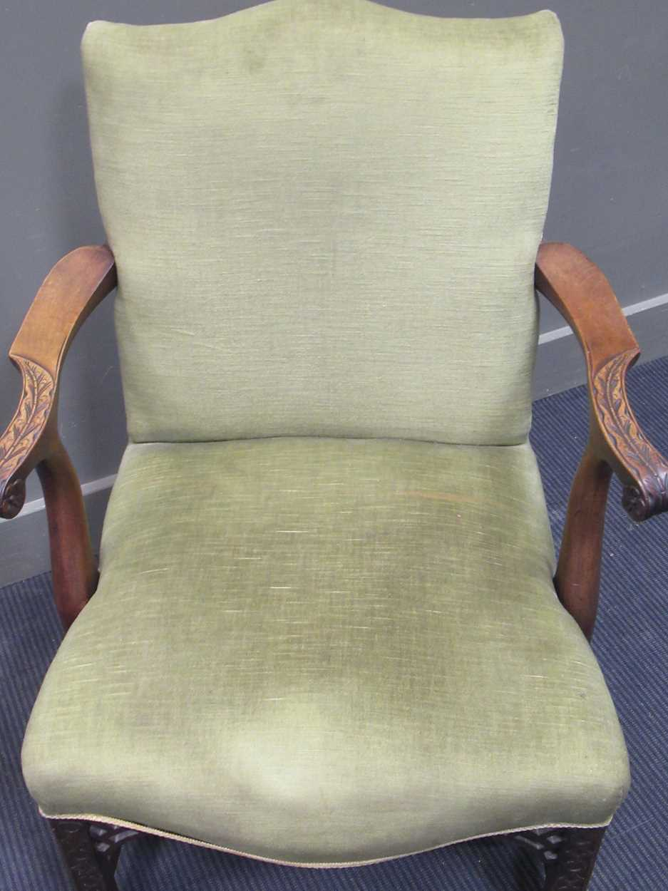 A George III style elbow chair with serpentine back and seat on carved legs with fret carved - Image 5 of 6