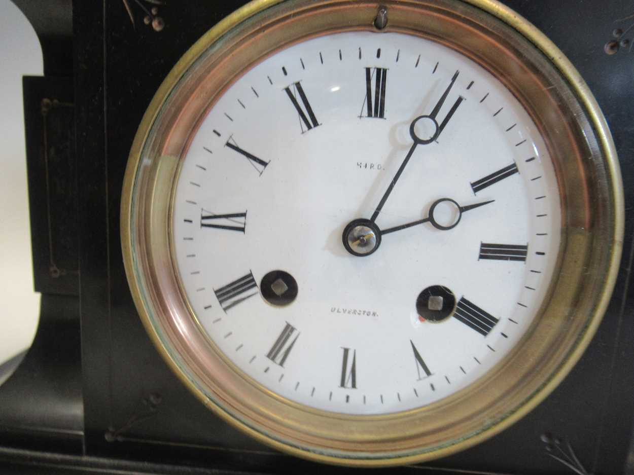 An oak 8-day mantle clock and a slate mantle clock (2) - Image 4 of 7