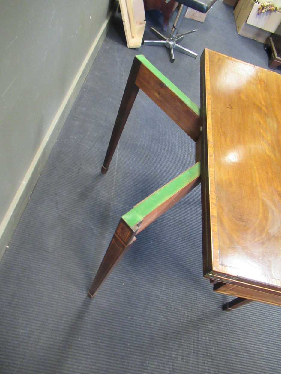 A George III inlaid mahogany card table on square tapered legs 72 x 92 x 45cm - Image 7 of 8