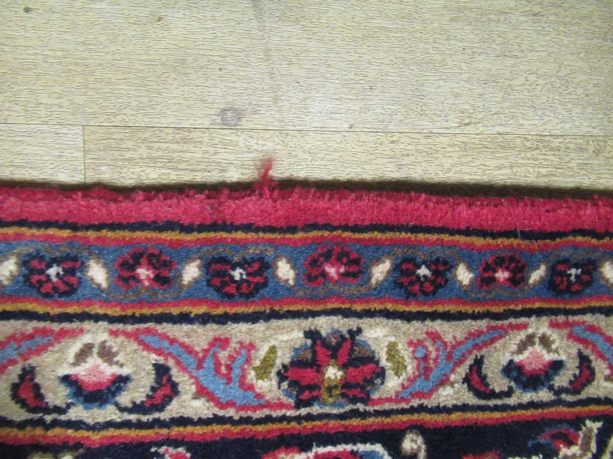 A Heriz type carpet with central medallion 337 x 250cmCondition report: Some fraying to the edges - Image 8 of 10