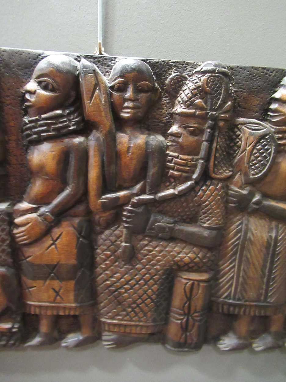 A Benin carved wood rectangular casket table 64 x 97 x 61cm together with a Benin carved wood - Image 8 of 10