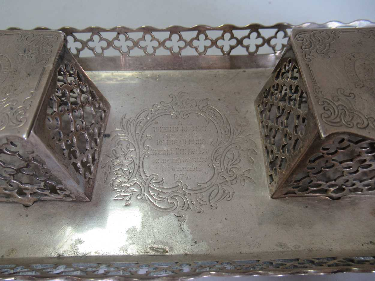 A Victorian silver inkstand, 10.7ozt - Image 3 of 6