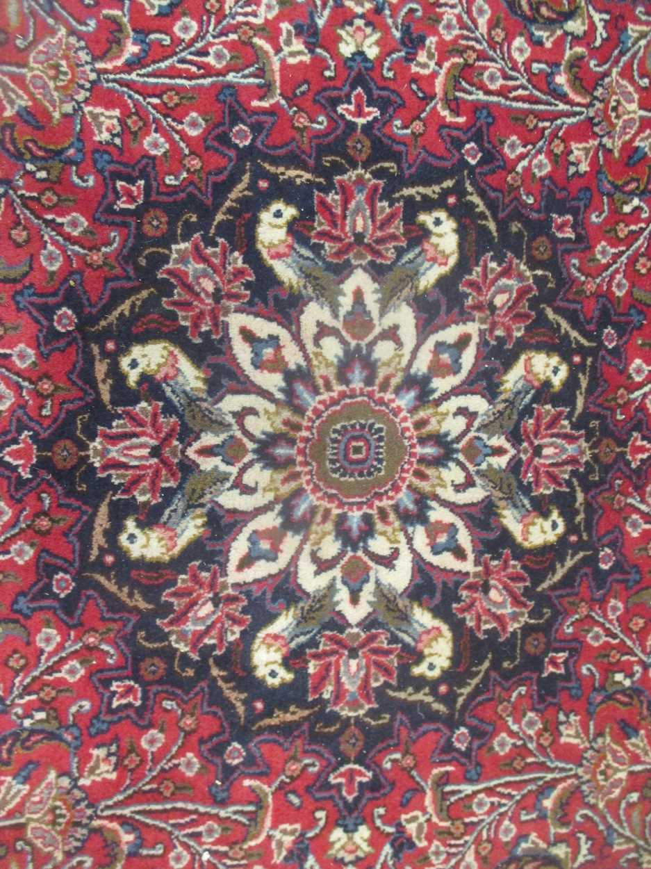 A Heriz type carpet with central medallion 337 x 250cmCondition report: Some fraying to the edges - Image 2 of 10