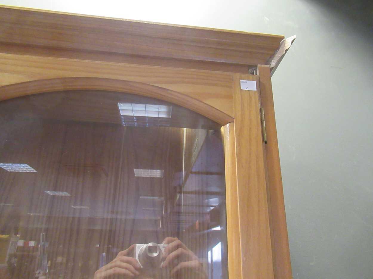 A modern pine dresser with adjustable shelves 227 x 151 x 33.5cm - Image 3 of 4