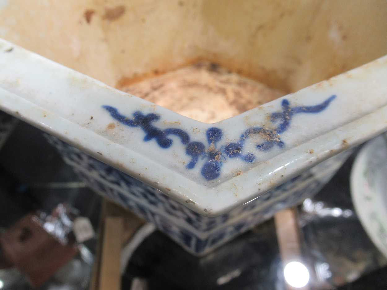 Two Chinese blue and white hexagonal jardinieres (one with a stand) 26cm wideCondition report: - Image 9 of 13