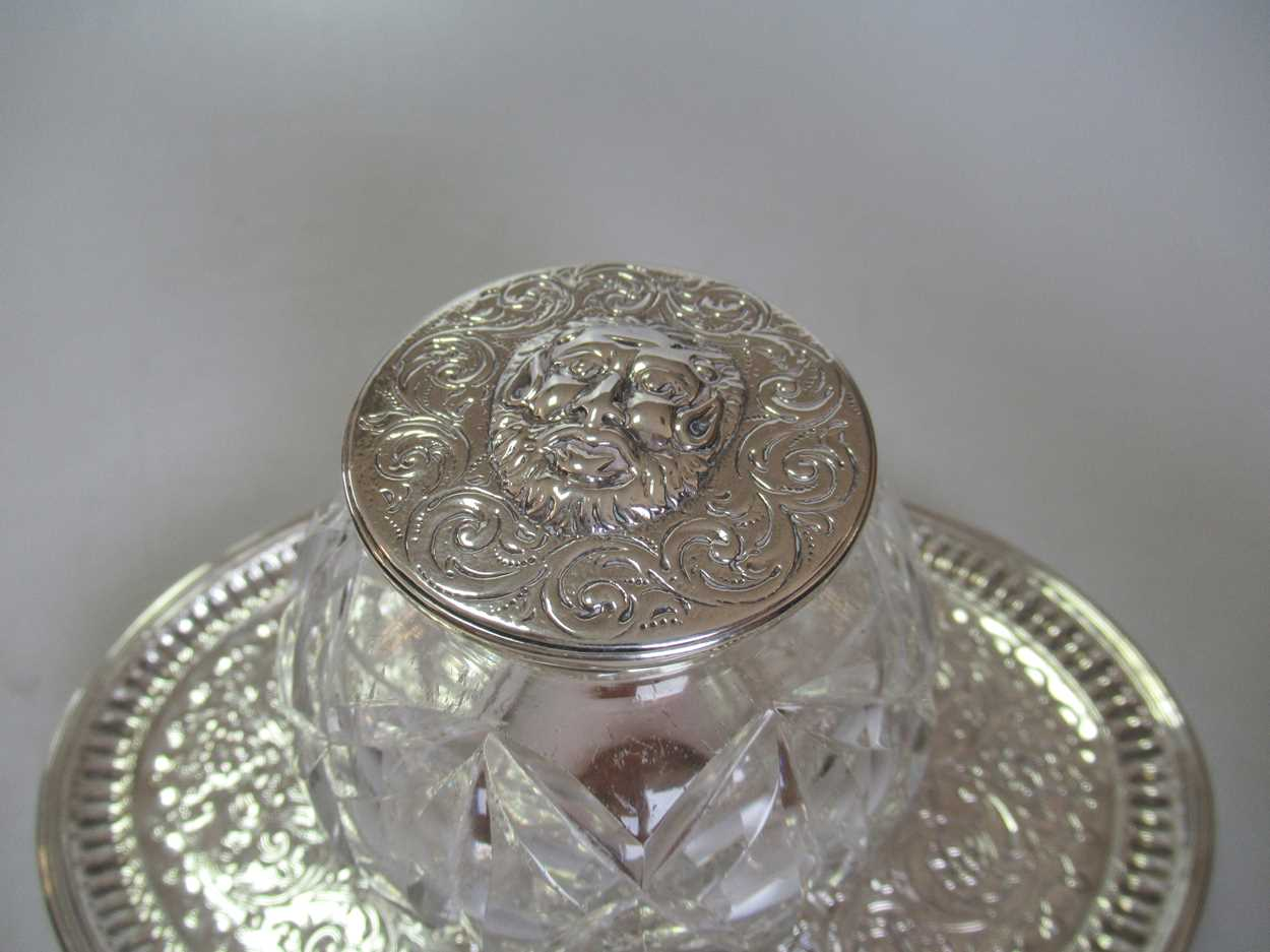 A pair of silver topped cut glass dressing table bottles together with a silver topped cut glass - Image 2 of 5