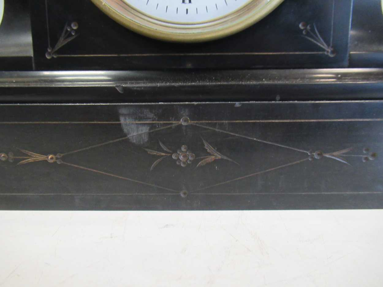 An oak 8-day mantle clock and a slate mantle clock (2) - Image 5 of 7