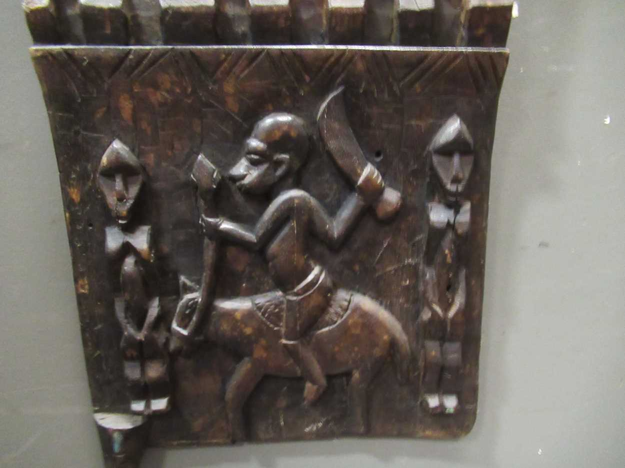 A Benin carved wood rectangular casket table 64 x 97 x 61cm together with a Benin carved wood - Image 4 of 10
