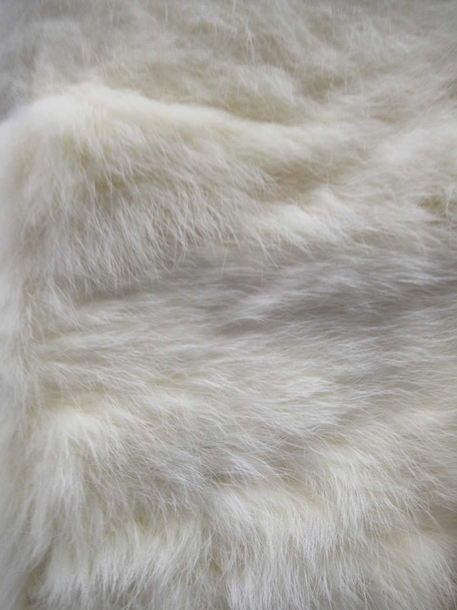 A mink three quarter length fur coat and another white knee length fur coat both size 12/14 - Image 7 of 8
