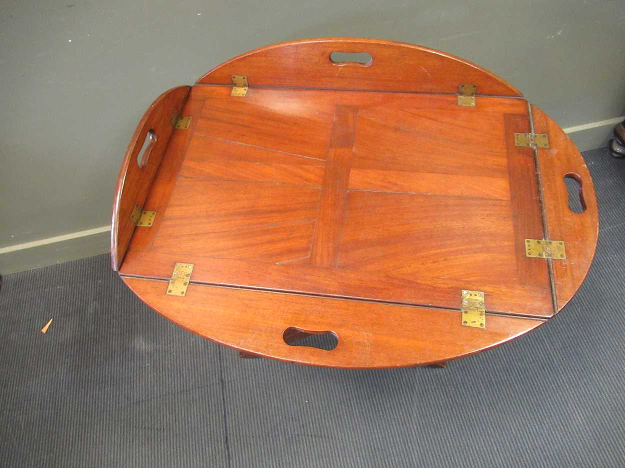 A mahogany butlers tray on folding stand (2) - Image 3 of 6