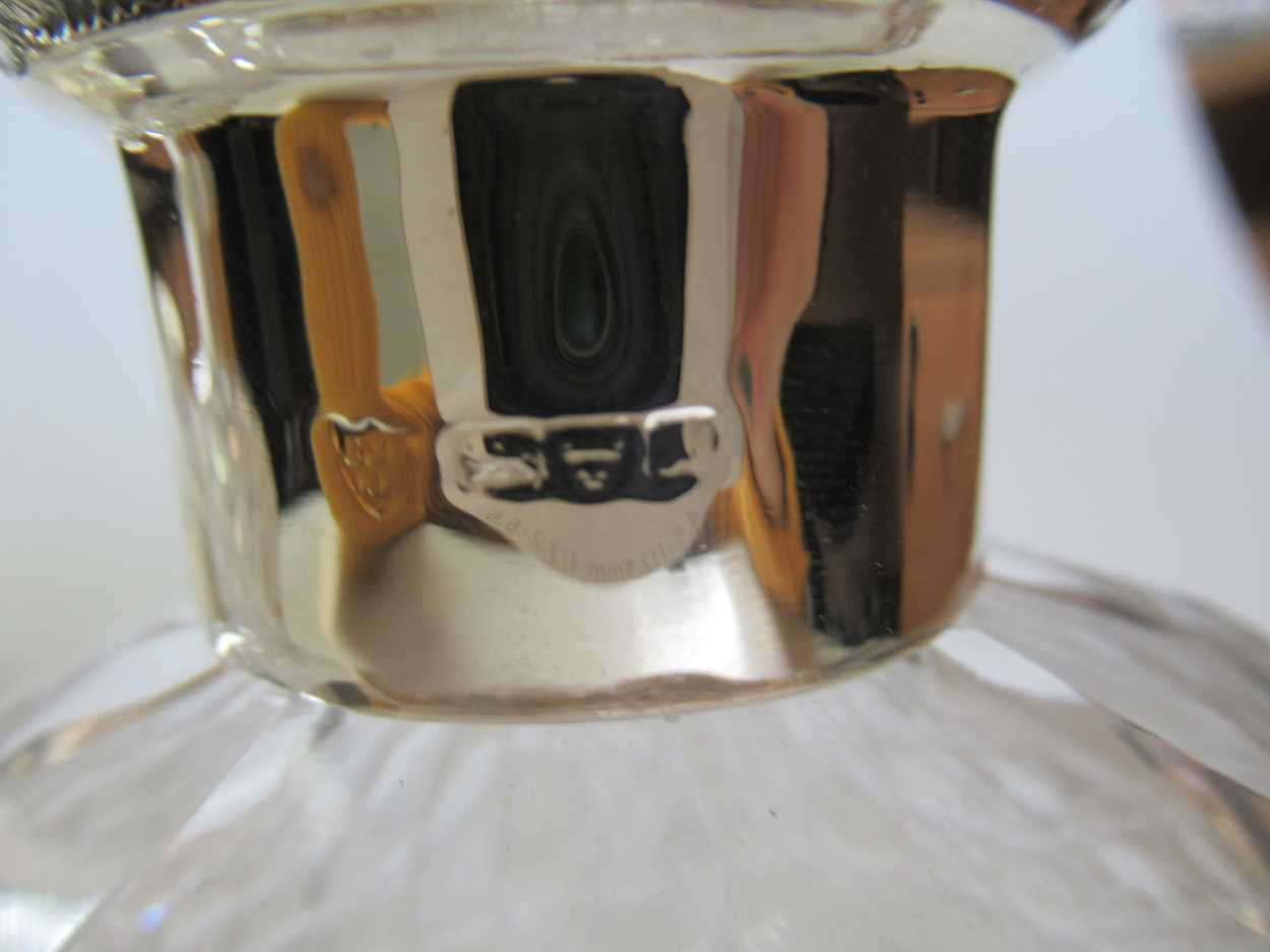 A pair of silver topped cut glass dressing table bottles together with a silver topped cut glass - Image 5 of 5