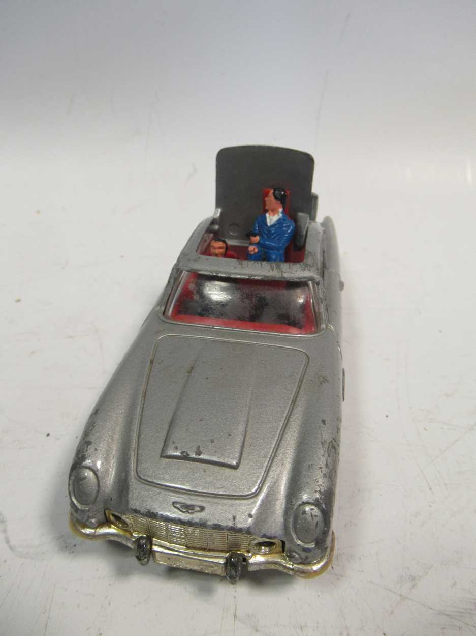 A collection of Corgi, Matchbox and Dinky diecast cars, including a Corgi 007 Aston Martin DB5, with - Image 4 of 11