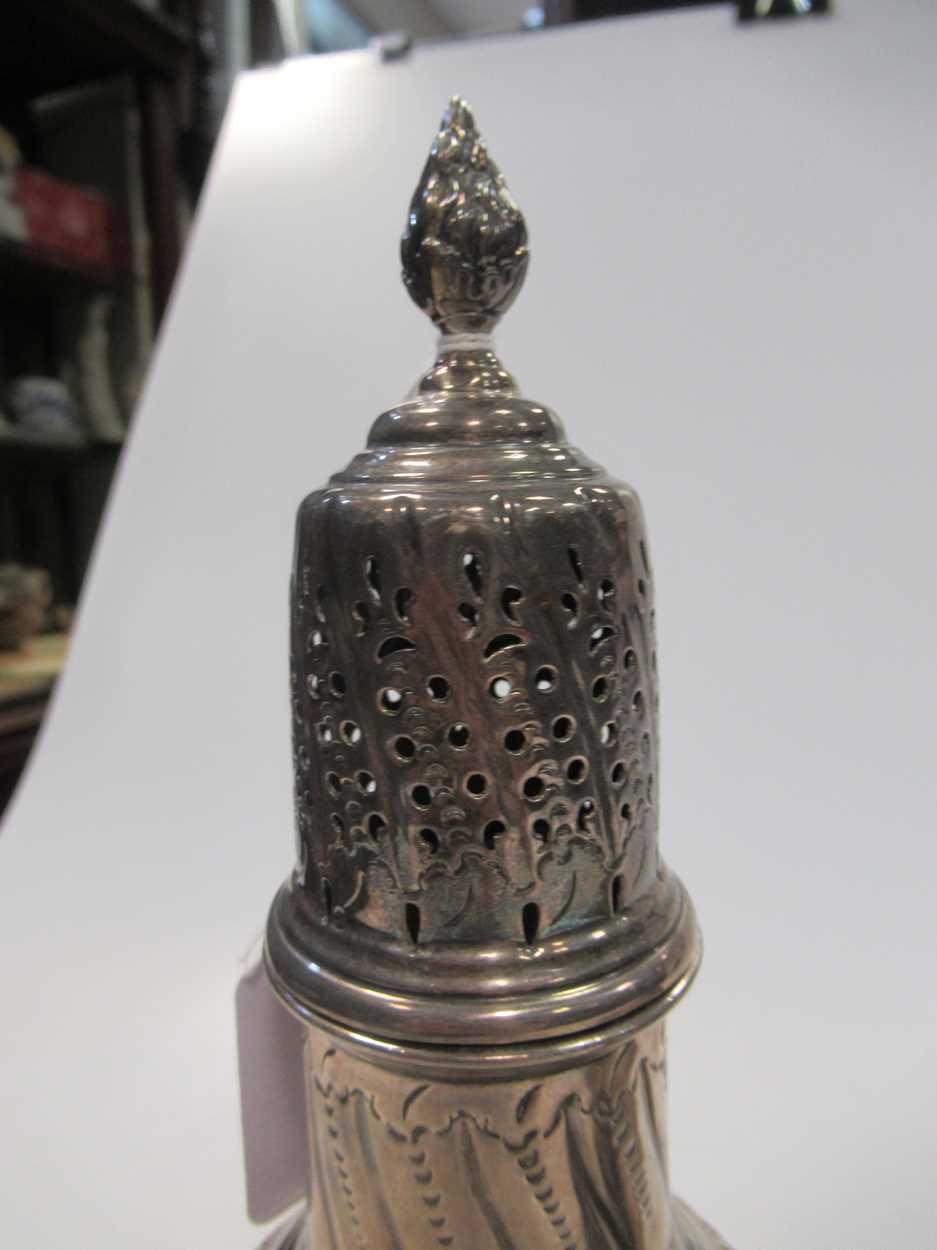 A Victorian vase sugar castor, repousse decoration, 23cm high, Sheffield 1899, maker HW for Lee & - Image 10 of 10