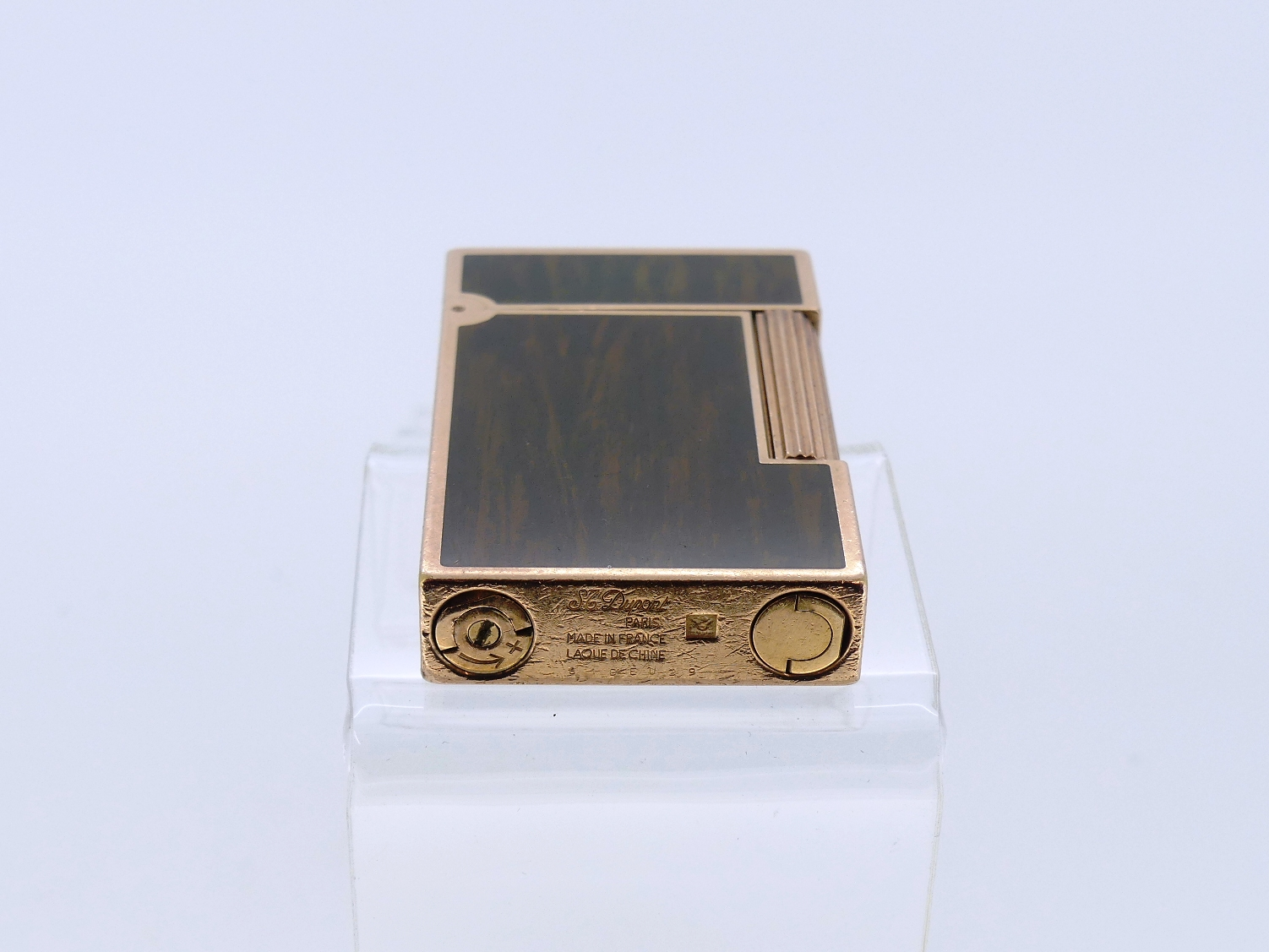 S. T. Dupont, Paris, 'Laque De Chine' gold plated and green/gold lacquer inlay lighter. - Image 3 of 3