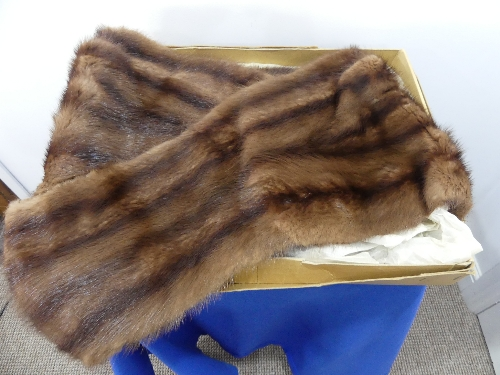 A vintage dyed mahogany brown Canadian squirrel fur Stole. - Image 4 of 4