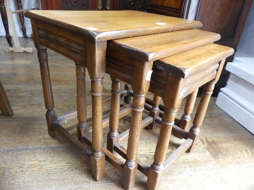 A good quality modern oak nest of Tables. - Image 2 of 2