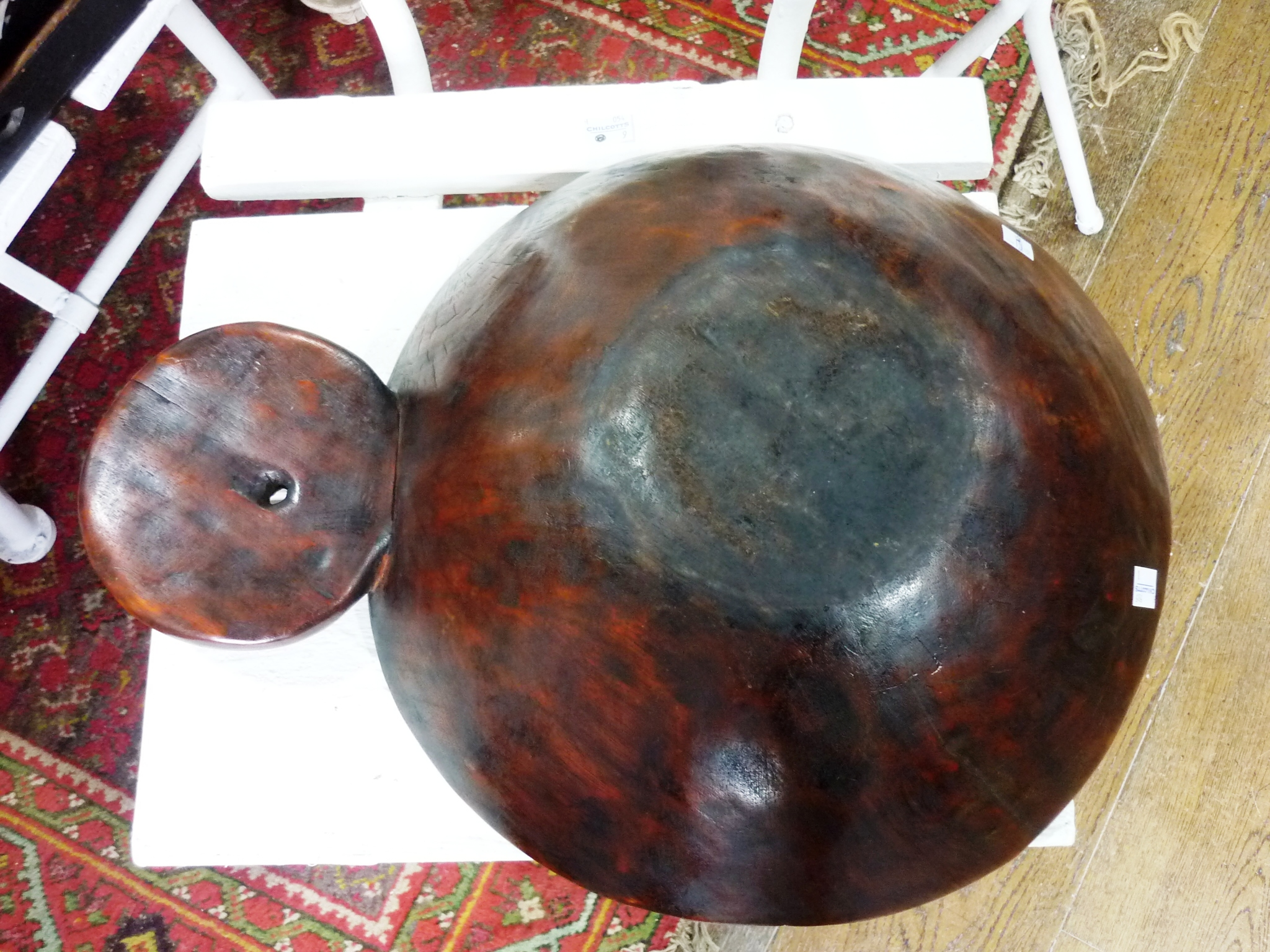 A Tribal geometrically-carved wooden circular Bowl, with protruding circular handle (carved from - Image 4 of 4