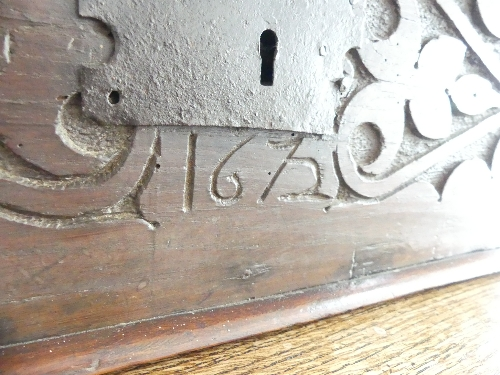An 18thC carved oak Bible Box, the front carved heavily with foliate designs, enclosing metal - Image 3 of 9
