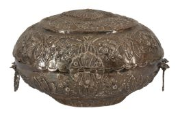 AN OTTOMAN SILVER OVAL CASKET OR SPICE BOX, LATE 19TH/EARLY 20TH CENTURY