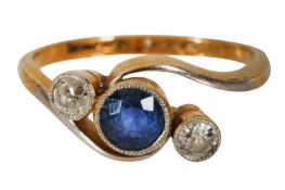 A SAPPHIRE AND DIAMOND RING, EARLY 20TH CENTURY