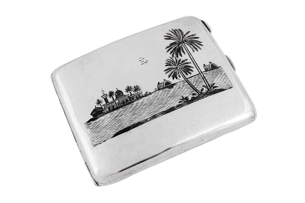 An early 20th century Iraqi silver and niello cigarette case, Basra circa 1940 signed Dayil - Image 3 of 4