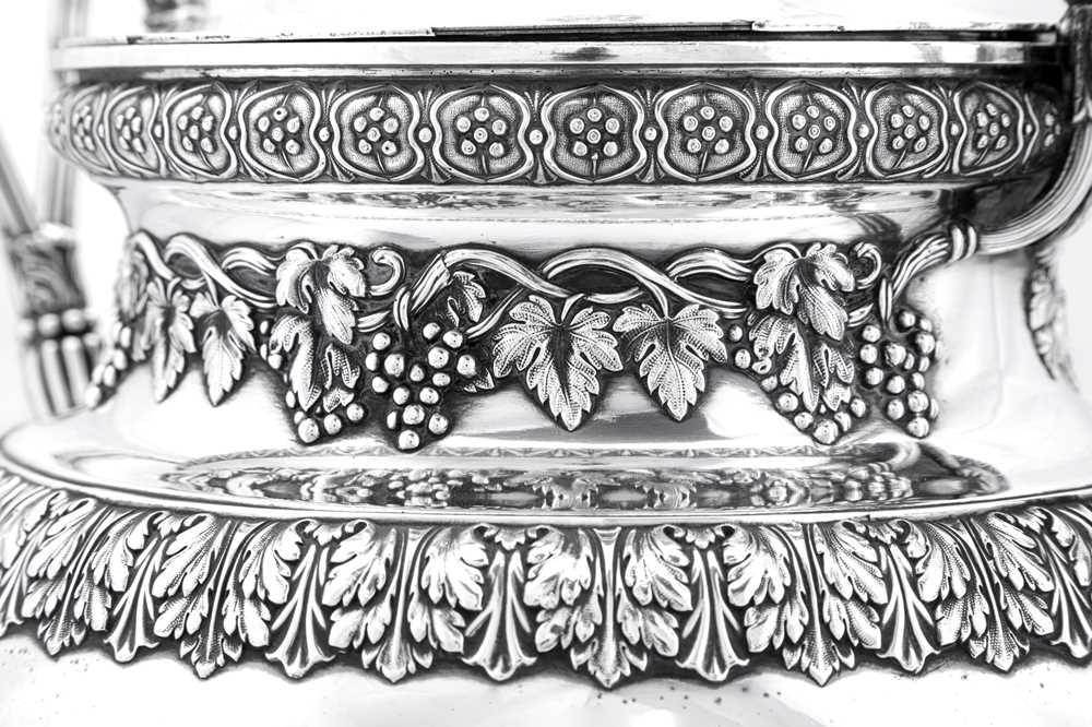 A fine George IV Old Sheffield Silver Plate 'six quart' tea urn, Sheffield circa 1820 by Kirkby, Wat - Image 7 of 8