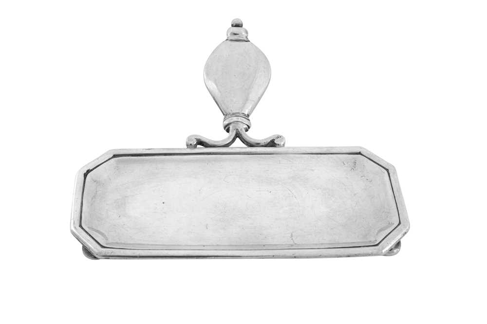 A George I sterling silver snuffers tray, London 1721 by Simon Pantin (this mark reg. 30th June 1720