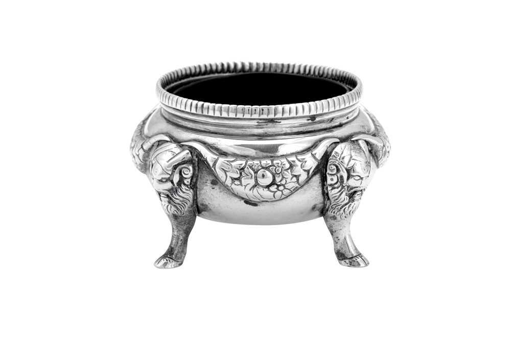 A William IV sterling silver salt, London 1836 by Joseph Hodgson