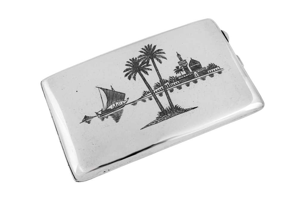 An early 20th century Iraqi silver and niello cigarette case, Basra circa 1930 - Image 2 of 4