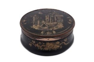 An early 18th century George I unmarked gold mounted horn and tortoiseshell snuff box, England circa