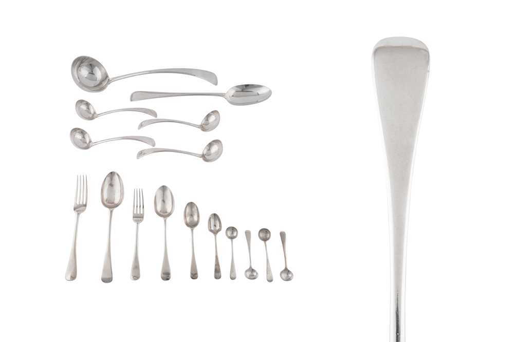 A cased George V sterling silver table service of flatware / canteen, London 1910 by William Hutton