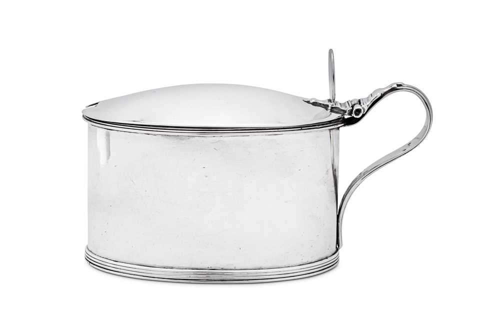 A George III sterling silver mustard pot, London 1796 by Robert Hennell (reg. 30th May 1772)