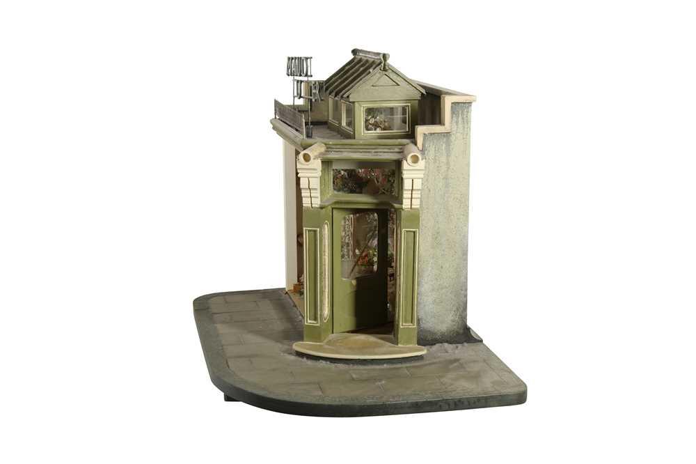 MODELS: A SCRATCH BUILT MODEL OF A FLORIST'S SHOP, 20TH CENTURY - Image 6 of 6