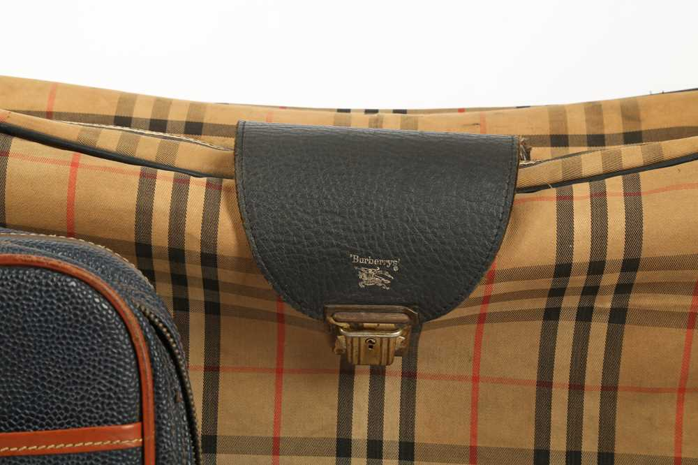 Two Vintage Suitcases Burberry Nova check and Mulberry - Image 3 of 10
