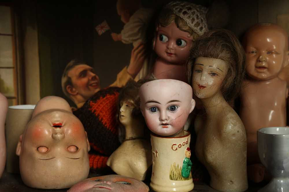DOLLS: AN ARMAND MARSEILLE 390 BISQUE DOLL HEAD, EARLY 20TH CENTURY - Image 4 of 15