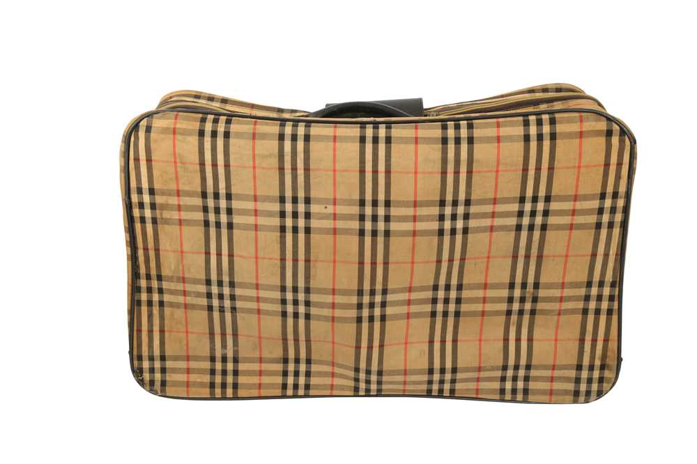 Two Vintage Suitcases Burberry Nova check and Mulberry - Image 6 of 10