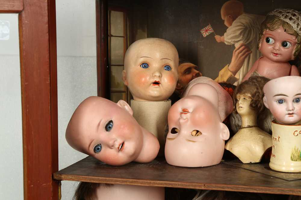 DOLLS: AN ARMAND MARSEILLE 390 BISQUE DOLL HEAD, EARLY 20TH CENTURY - Image 3 of 15