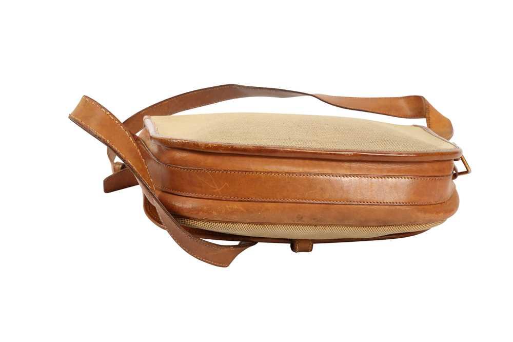 Hermes Beige Balle de Golf Crossbody Bag - Image 2 of 3